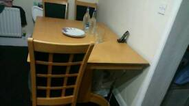 High quality table and 4 chairs