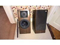 pair of vintage Technics SB-EX2 speakers