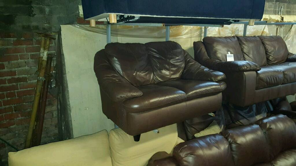 2 seater sofa in brown leather £110 delivered