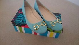 Ladies Flat Leather Shoes