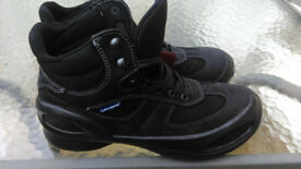 Safety Boots Shoes Black Lavoro Women's size 5 Brand New Unused still in the box