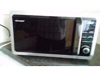 Sharp R-274M, 800Watt Microwave oven. Silver.