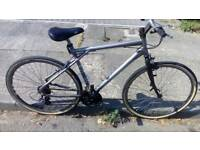 Hybrid bike gt 3.0 traffic,,no texts,only selling as prefer mountain bikes more!!!