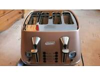 Delonghi distinta toaster