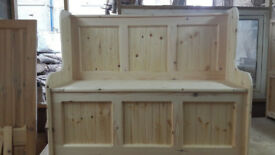 4ft chunky monks bench settle with under seat storage