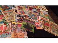 A load of old fashioned comics, books and annuals