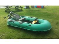 Inflatable boat fishing boat with petrol four stroke engine 1.6 hp