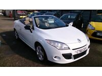 BARGAIN CAR OF THE WEEK £1000 OFF CONVERTIBLE 2010 (60) RENAULT MEGANE 1.9 DCI WHITE NEW MOT CD E/W