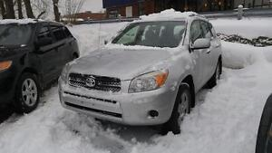 2008 Toyota RAV4 4WD | Roof Rails, No Accidents