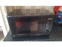 black 700w microwave