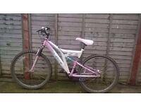 ladies 18 speed sabre mountain bike for sale spares repairs/for parts