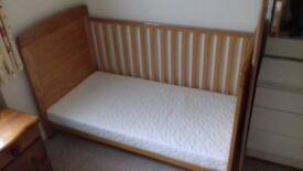Cot /beds