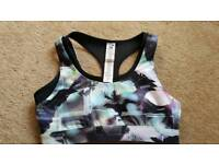 Fabletics sports bra/crop top. Never worn. Size XS