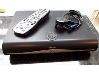 SKY + HD BOX AND SKY REMOTE FANTASTIC CONDITION MODEL DRX890WL
