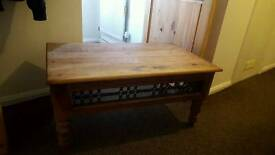 Mexican pine coffee table. Metal insets.