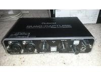 Roland Quad Capture 4x4 24-bit/192 kHz USB 2.0 Audio Interface