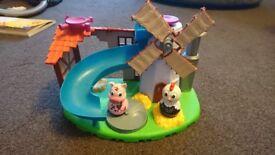 Farmyard weebles set