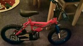 CHAMPION SILVERFOX RED CHILD'S BIKE FOR 4 YEARS UPWARDS - EXCELLENT AS NEW CONDITION