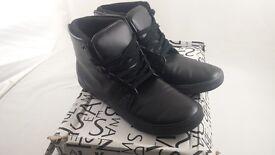 Sonetti Hi-Top boots