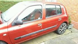 Renault Clio £400 ONO