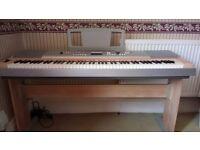 Keyboard Yamaha Portable Grand DGX-620