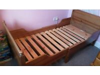 Child toddler extendable bed