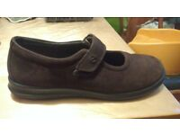 ECCO Joe Ladies shoes.