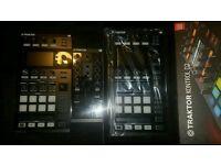 NI Kontrol D2 Decks & Kontrol Z1 Mixer
