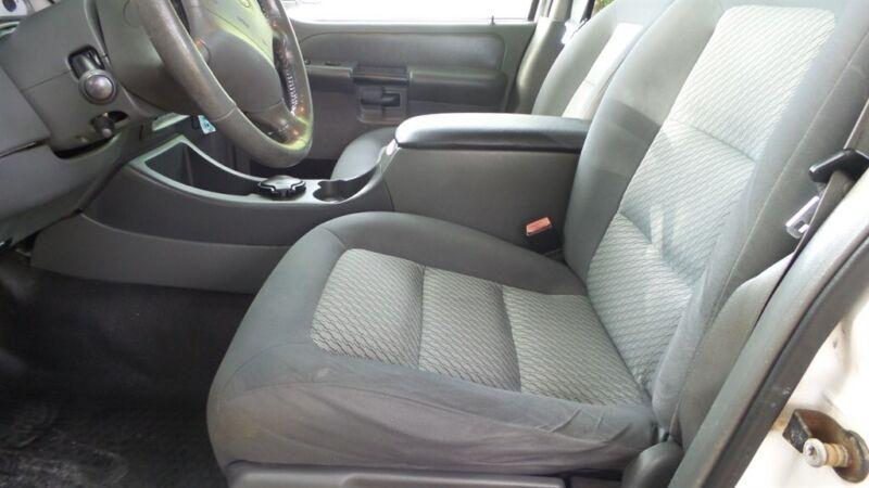 Image 23 Voiture Américaine d'occasion Ford Explorer Sport Trac 2004