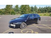 Alfa 159 Sportwagon 1.9jtdm lusso with satnav and towbar