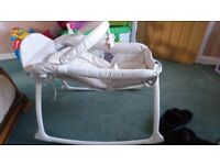 Graco little lounger (vibrating day cot/crib)