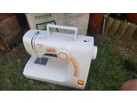 Toyota se92 rs2000 sewing machine