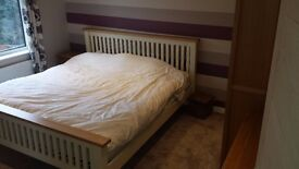 Recently decorated 1 bed flat in Ashford (Surrey) £950 pcm inclusive of bills