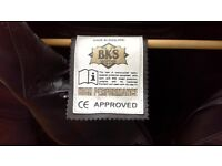 Motorcycle BKS black two piece CE approved high performance Motorcycle Leathers For Sale