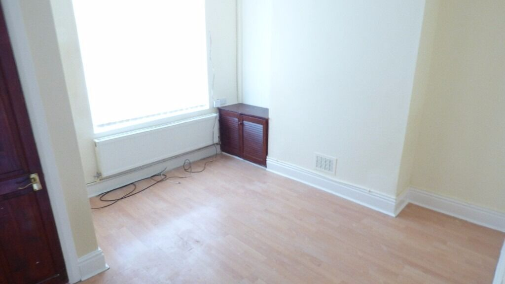 NO DEPOSIT.....Newly refurbished one bedroom Terrence Property located on Westcott Road,