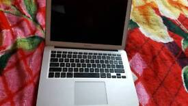 MacBook A1466