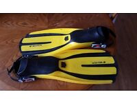 Mares avantiX-3 scuba diving fins in Regular size