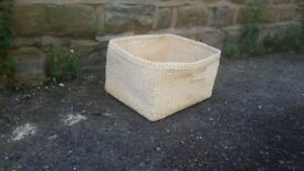 Wicker / Rattan Loose Soft Basket Toiletries Storage with Inset Handle