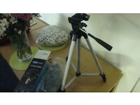CAMERA TRIPOD NEW BOXED