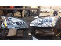 ford focus mk2 headlights used condition.