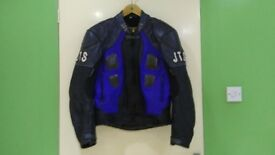 Motorbike gear jackets,trouses,gloves best All clothing got difrent price and size!can deliver