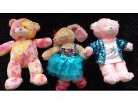 3 build a bears plus 17 outfits, like new