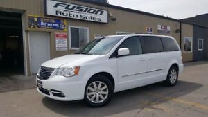 2015 Chrysler Town & Country Touring-BACK UP CAMERA-PWR LIFTGATE