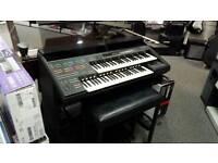 Yamaha HS8 Organ
