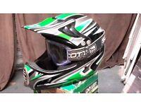 Motox / Motocross Helmet M Roberts Large 58/59 and Scott Goggles