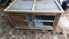 4ft Chartwell Single Outdoor Luxury Rabbit Hutch - Used