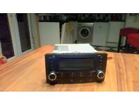 2002-2007 VW TOUAERG 7LCAR STEREO/RADIO CD PLAYER HEAD UNIT 7L6035195A