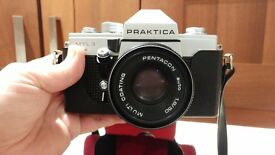 Praktica MTL3 camera in carry case with strap