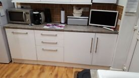 Large Kitchen 8 units cupboard storage shelf laminated white wood can deliver £250 ono