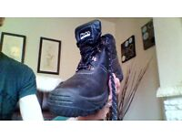 Mens Safety Boots size 7 excellent condition